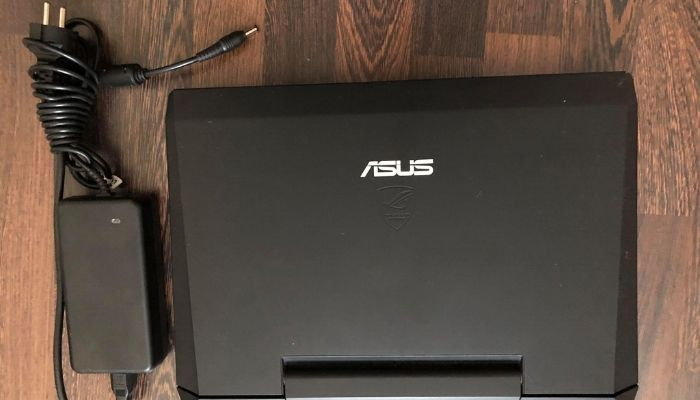 Laptop gamingowy Asus